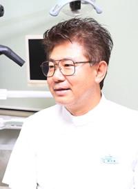 野苅家 清 歯科医師 のかりや歯科 院長